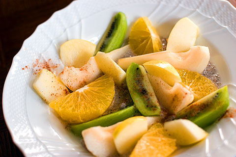 チアシード&フルーツサラダ