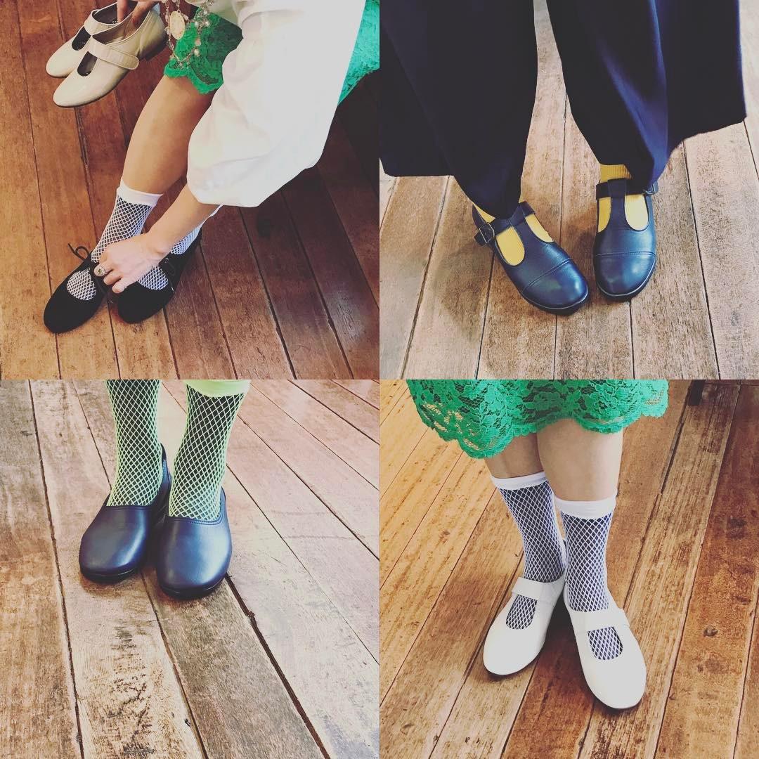 西荻窪 ギャラリーマド 展示会の模様 girlielounge 履いた写真