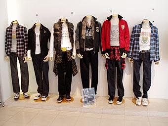 RUSS-K展示衣装